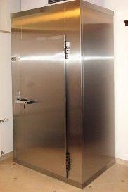 Как выбрать холодильник для шуб, хранение меховых изделий дома.